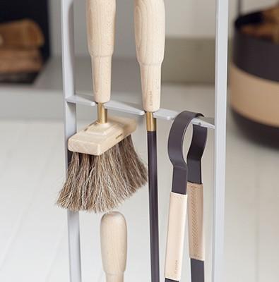 eldvarm kaminbesteck so edel wie das feuer selbst. Black Bedroom Furniture Sets. Home Design Ideas